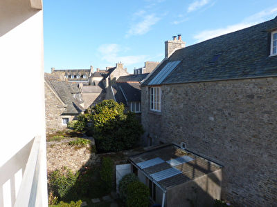 Roscoff, appartement  lumineux, T2, cave, parking.
